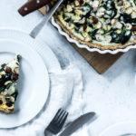 Spinattærte med hytteost og hasselnødder