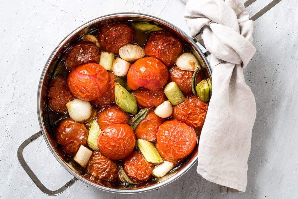 Tomatsuppe med bagte tomater